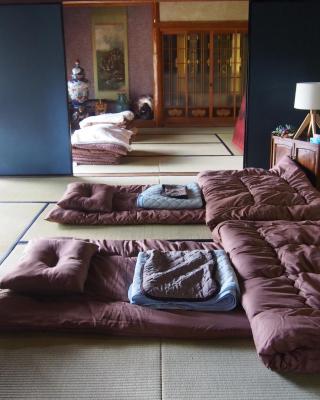 ゲストハウス 猫床