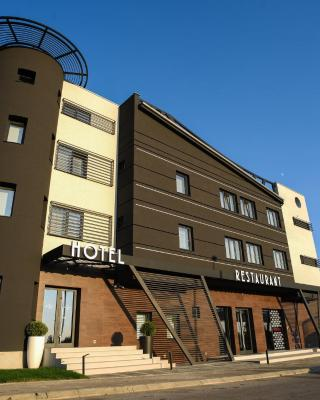 Hotel Ideo Lux