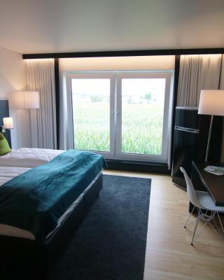 MN Hotel