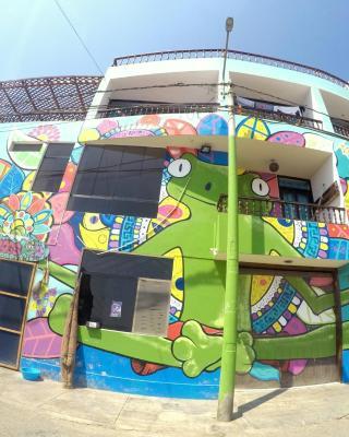 Frogs Chillhouse Hostel