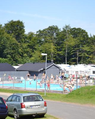 Mørkholt Strand Camping & Cottages