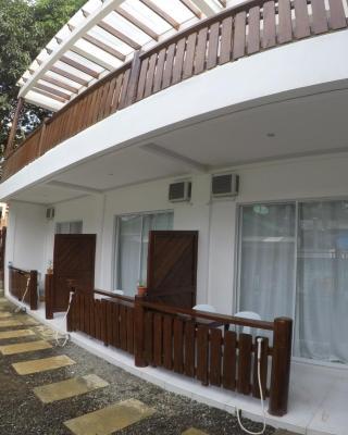 Neela Tourist Lodge