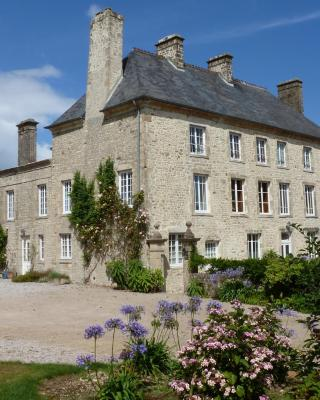 Manoir De Savigny