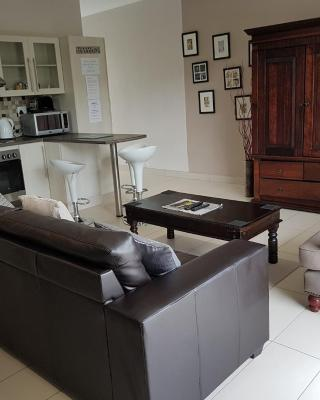 Rieks van der Walt Self-Catering Apartment