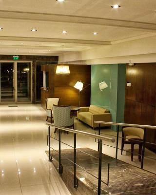 Hotel Hamakom