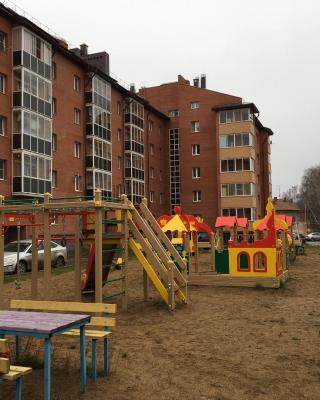 Apartment on Kommunarov 28