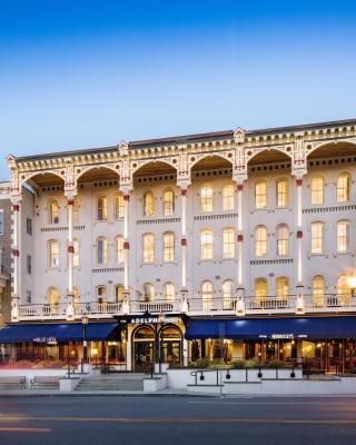 Adelphi Hotel