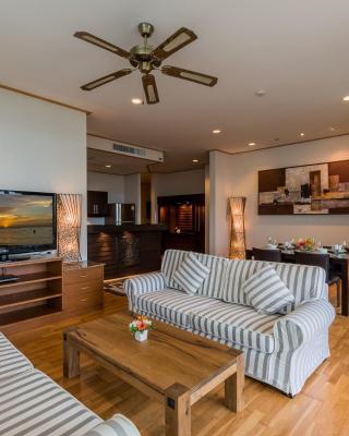 Spacious apartment in Karon