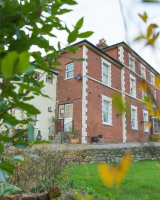 The Lodge at Heathfield