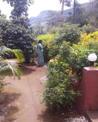 Pavithra Riverview Homestay