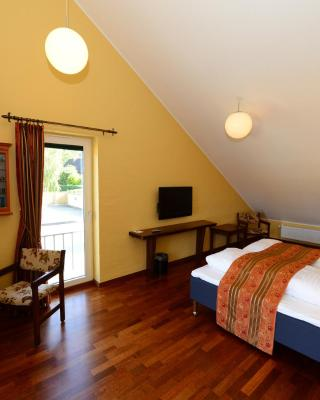 Hotel and Restaurant Fru Larsen