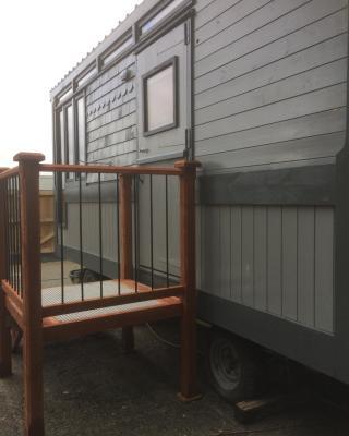 Ty capel cabin on wheels