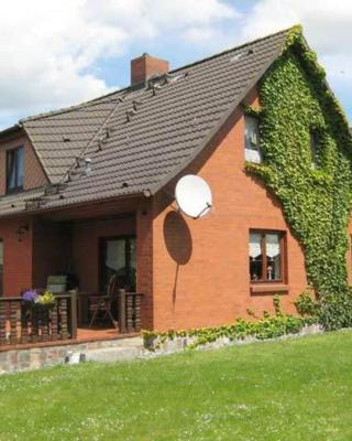 Ferienwohnungen Altenkirchen RUeG