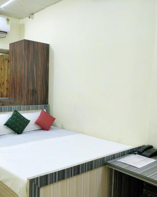 Hotel Dhingra Residency