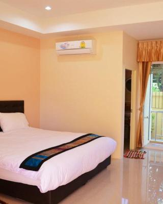 Phrom Phring Place Service Apartment