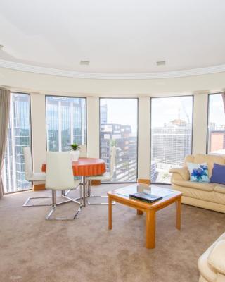 Metropolis Luxury Apartment