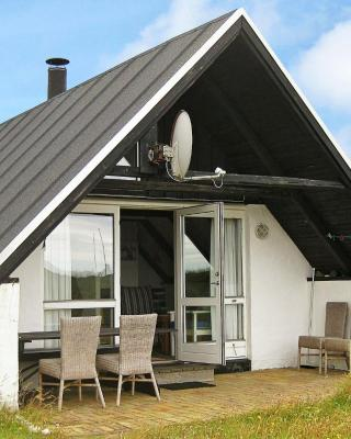 Two-Bedroom Holiday home in Ringkøbing 19