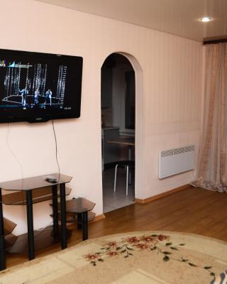 Apartment na Starovskogo 34
