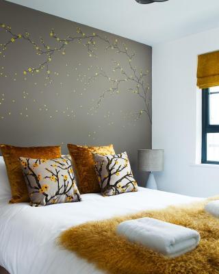 Luxury Marina Apartment Suites