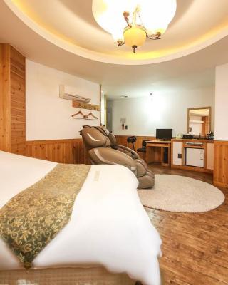Cheonan Business Hotel