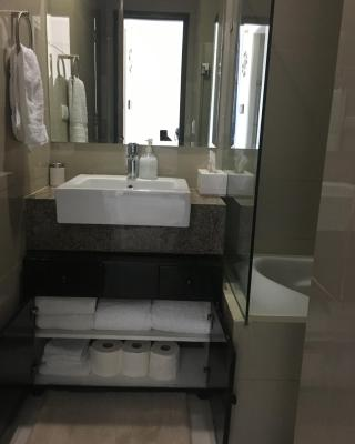 1 luxury bedroom at 8 Newtown blvd 12D Cluster 1