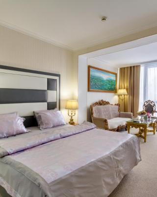 Novaya Moskva Mini Hotel