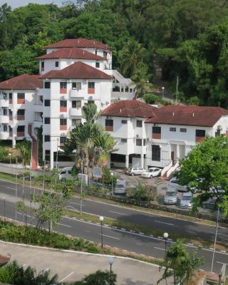 Titi Panjang Apartment Lumut Sitiawan Manjung