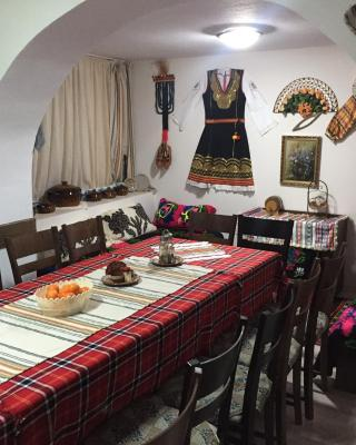 Elenite Guesthouse