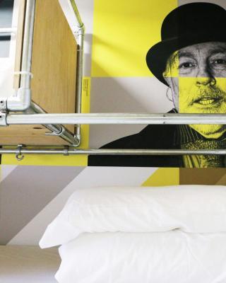 Art Hostel