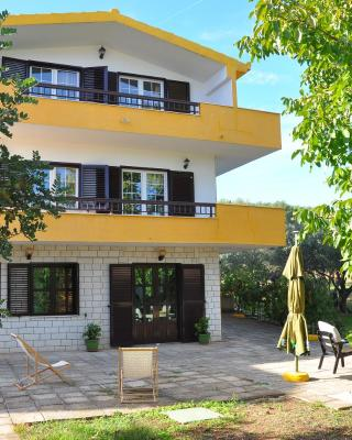 Apartments Villa Annika