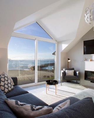 South Pier Penthouse Apartment