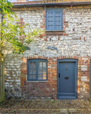 No33 Thornham Cottage 2