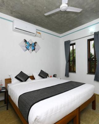 OYO 10054 near Auroville Beach