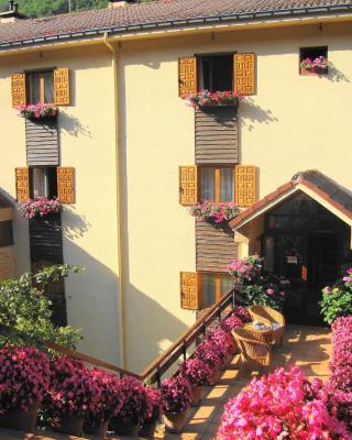 Apartamentos y Habitaciones Sebrango