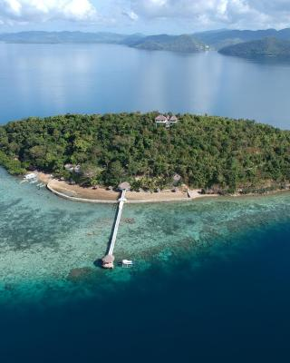 Iris Island Eco Resort