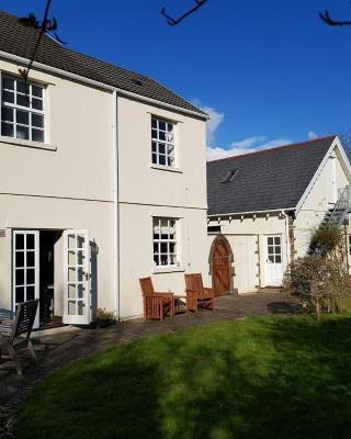 Ty Bryn Guest House