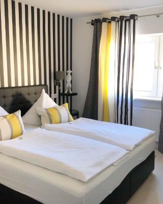 Hotel zur goldenen Sonne