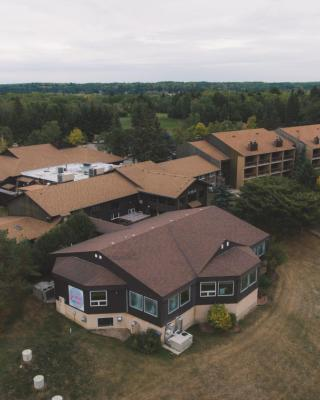Elkhorn Resort, Spa, and Conference Centre