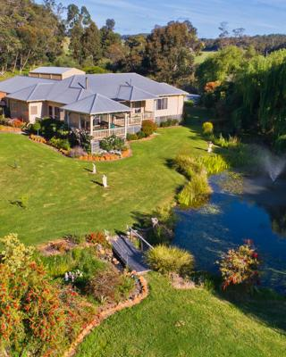 Mossbrook Country Estate Bed & Breakfast