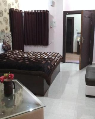 Hotel Alok Residency