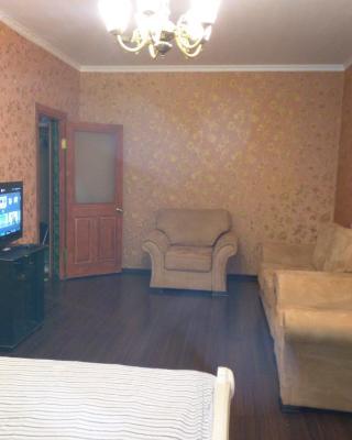 Apartment on Kurashova 27