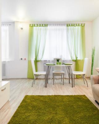 PaulMarie Apartments on Karpovicha