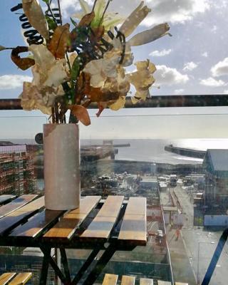Sail view apartment