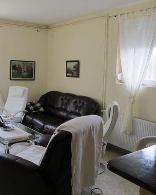 Apartman NV