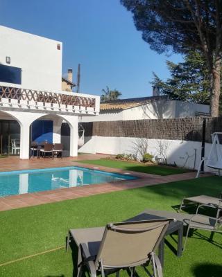 Art Villa S'Agaró - Guest House
