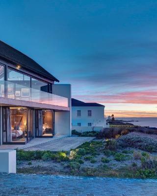 Silver Bay Villa