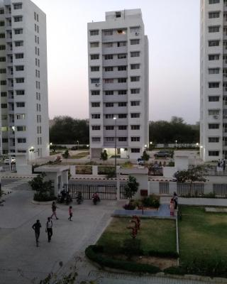 Entire 1 BHK Cozy Apartment Garden View Visual Delight