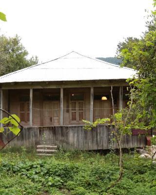 Kinchkha Wood House
