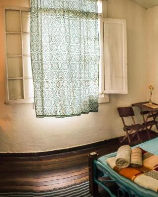 La Casa Cafe Guesthouse