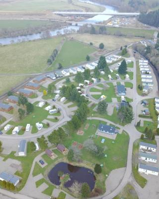 Deeside Holiday Park